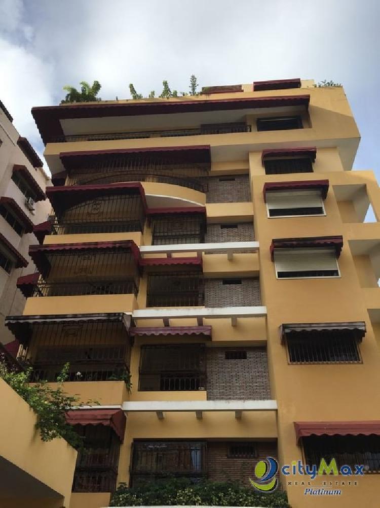Citymax Platinum vende amplo  apartamento en Naco