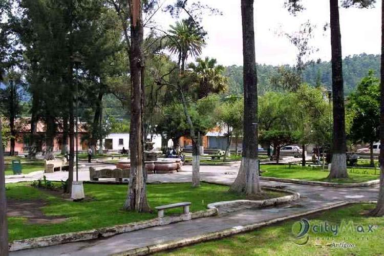 CityMax Antigua Vende Propiedad para Remodelar Centrica