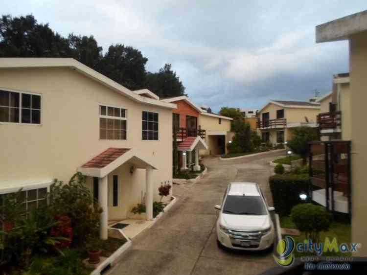 Casa en Venta y Renta en Condominio en San Cristobal