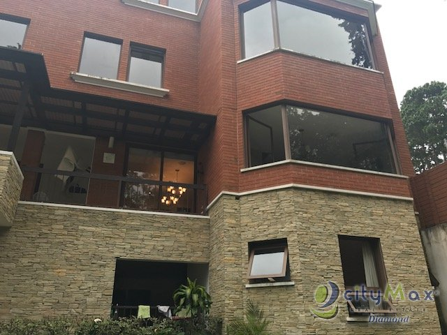 Hermosa casa en venta y renta en condominio Km. 14 CAES