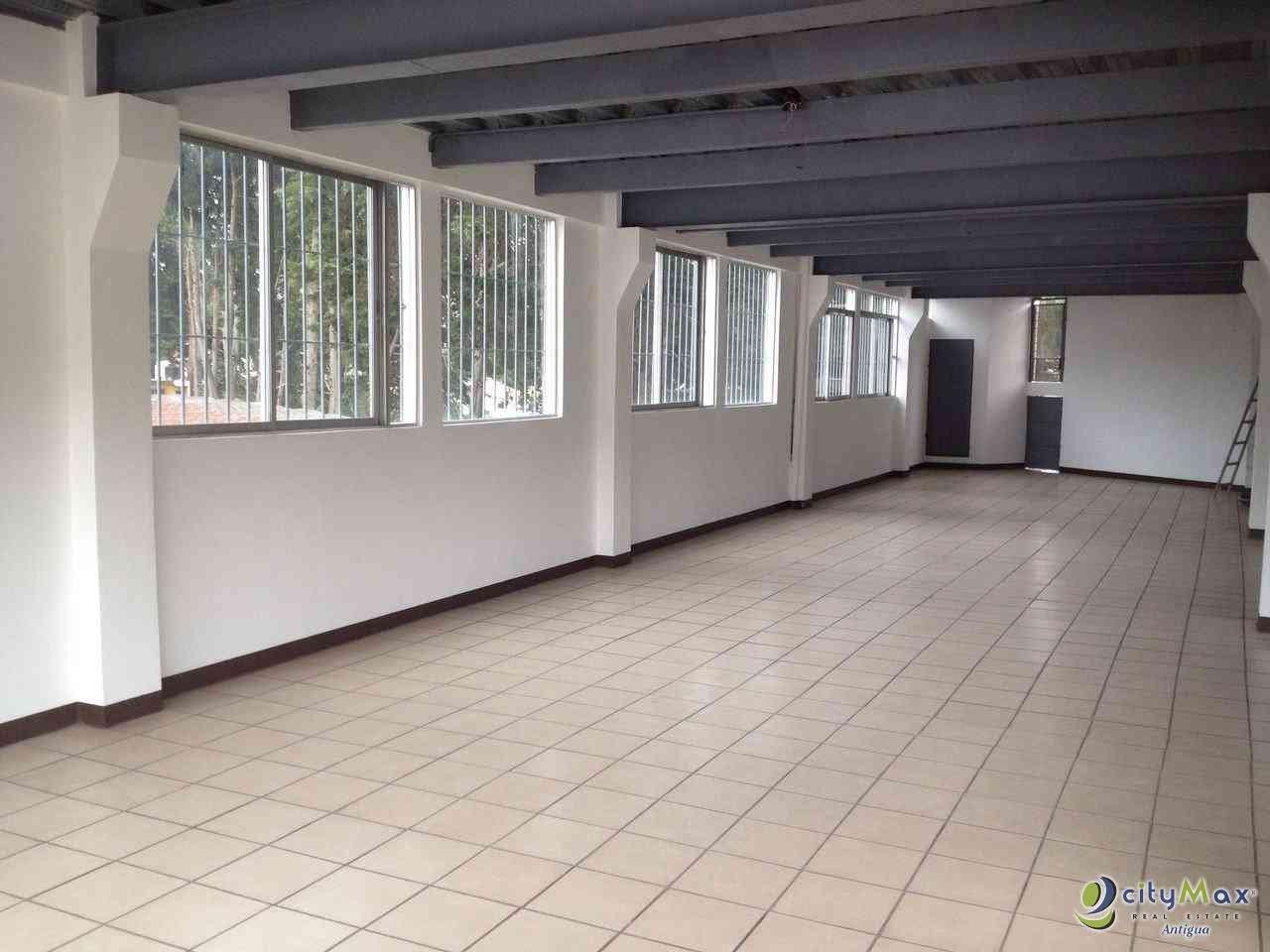 ¡Citymax edificio en renta en San Lucas Sacatepéquez!
