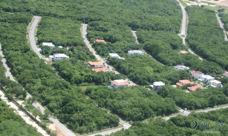 Terreno en Playa Nueva Romana de 683.24 metros