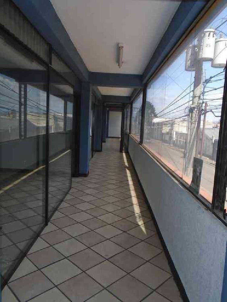 RENTA OFICINA CORMERCIAL ZONA 11 COL. TOLEDO