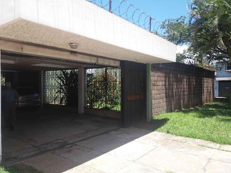 CASA EN VENTA EN MONTE MARÍA I GUATEMALA