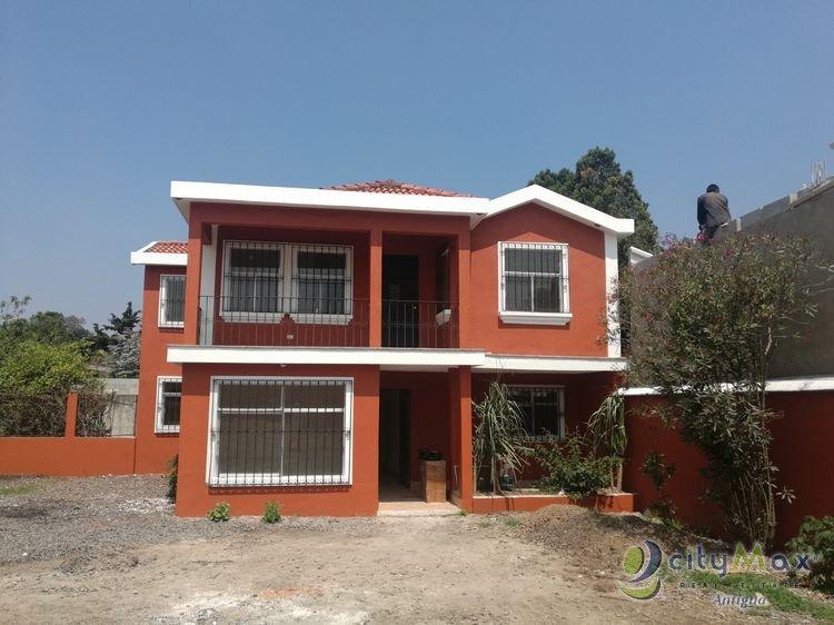 Casa en Venta en Santo Tomas Milpas Altas