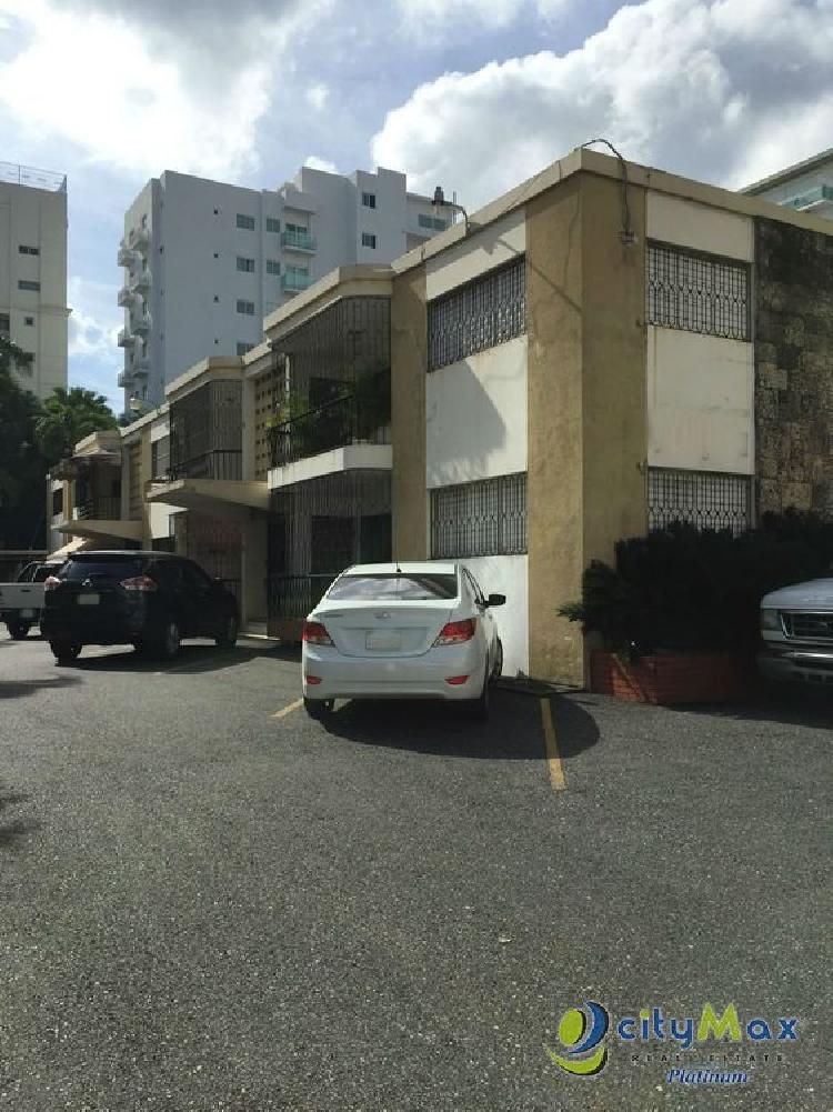 Citymax vende solar de 1,606mt en Gustavo Mejia Ricart