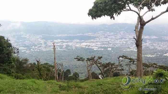 CityMax vende terreno en calle al boqueron