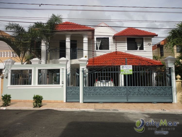 Casa en Venta en la Rosa Santiago