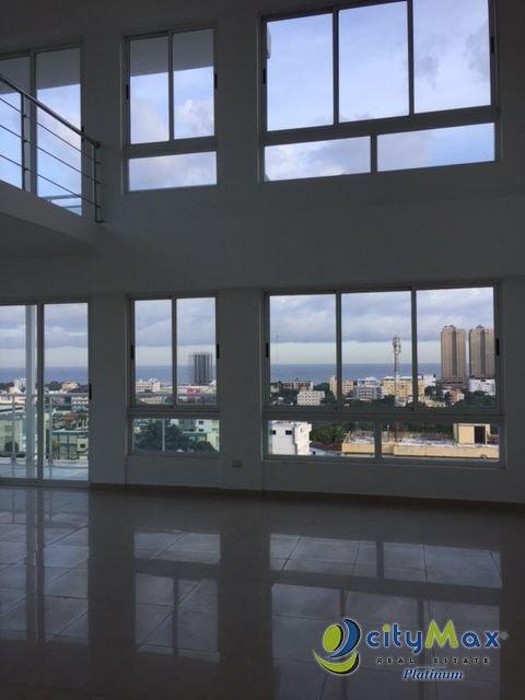 Penthouse en venta en La Esperilla con vista al mar