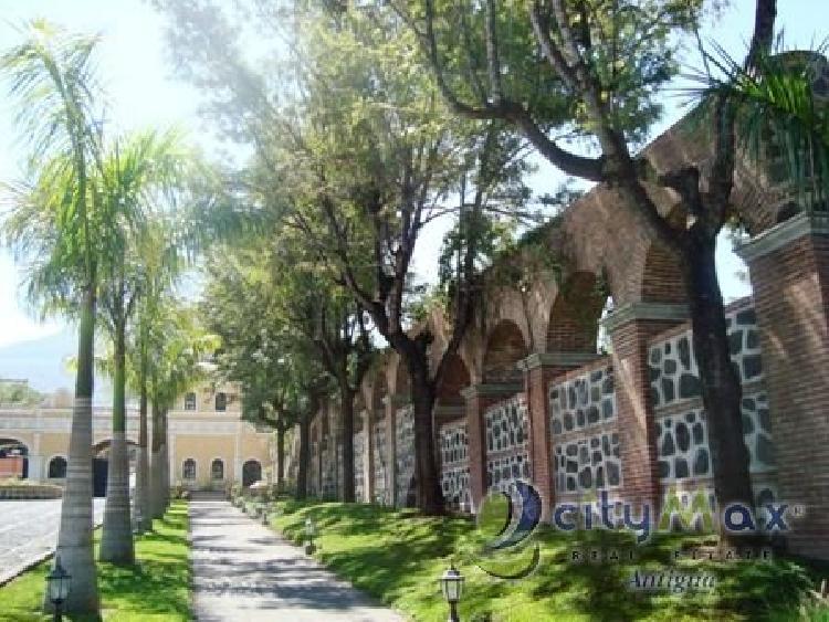 Citymax Vende Terreno en Antigua Gardens