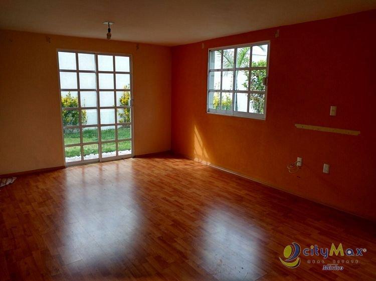 Hermosa casa en dos niveles, Calimaya, Estado de México