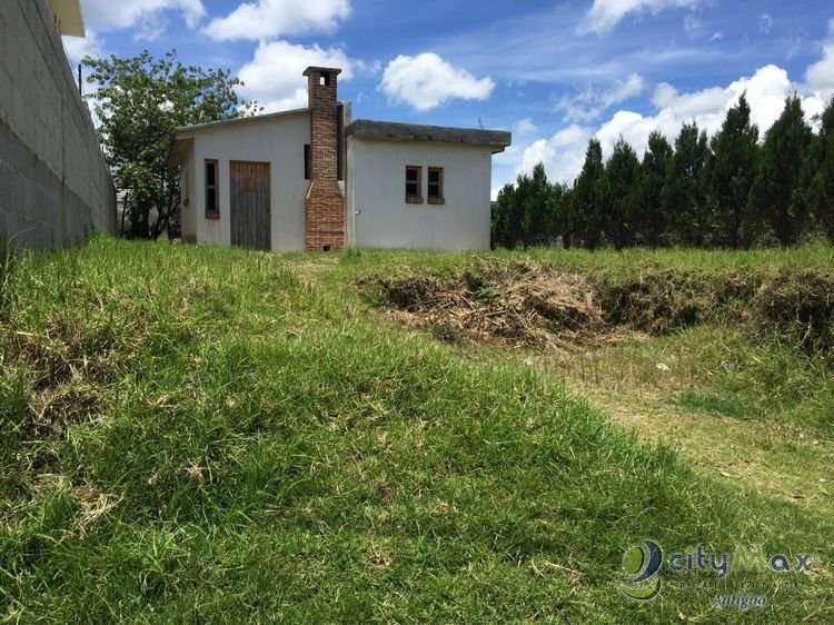 Santo Tomás Milpas Altas, Casa VENDO. Citymax Antigua