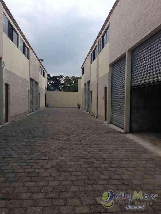 Ofibodega en condominio industrial en zona 12