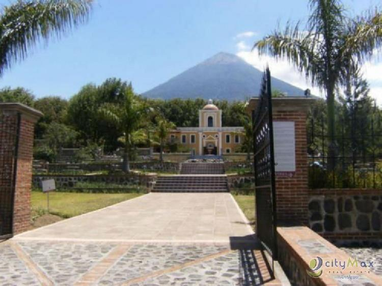 Exclusivo terreno en Antigua Gardens