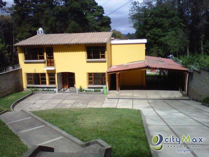 CASA. Vendo en Choacorral, Ensenada. Citymax Antigua