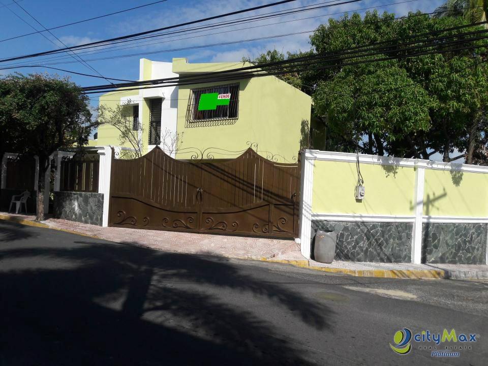 cityMax ¡Vende y Alquila! Casa en Las Colinas del Seminario