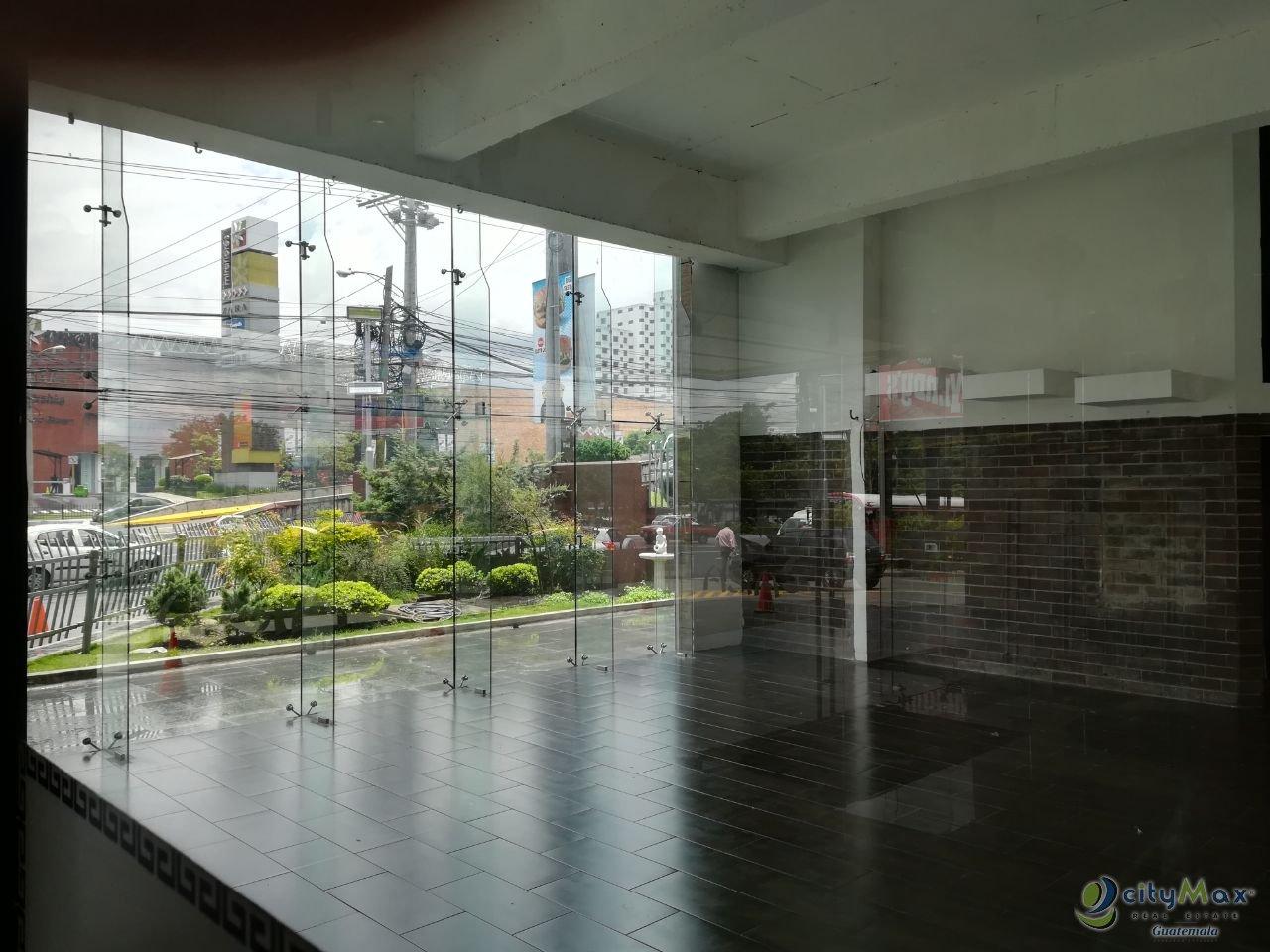 LOCAL Comercial dentro de Centro Comercial en Roosevelt