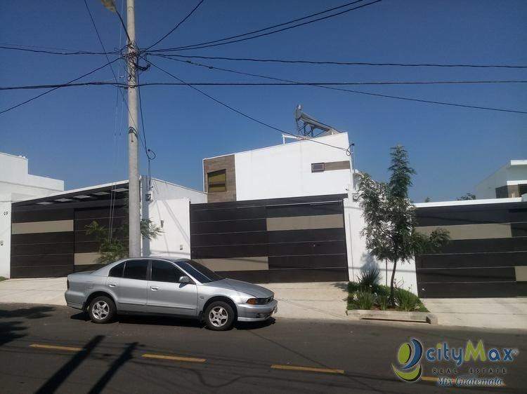 Casa en Venta Sector B-4 San Cristobal Guatemala