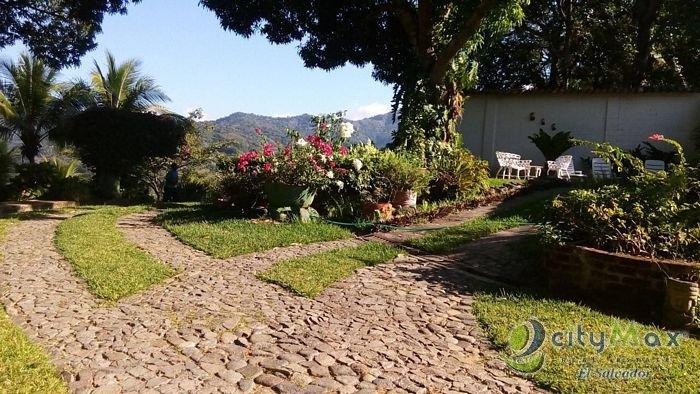 Casa de campo en venta en Tacuba Ahuachapán