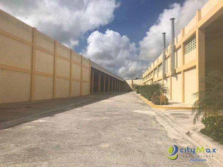 RENTO Naves Industriales en Punta Cana