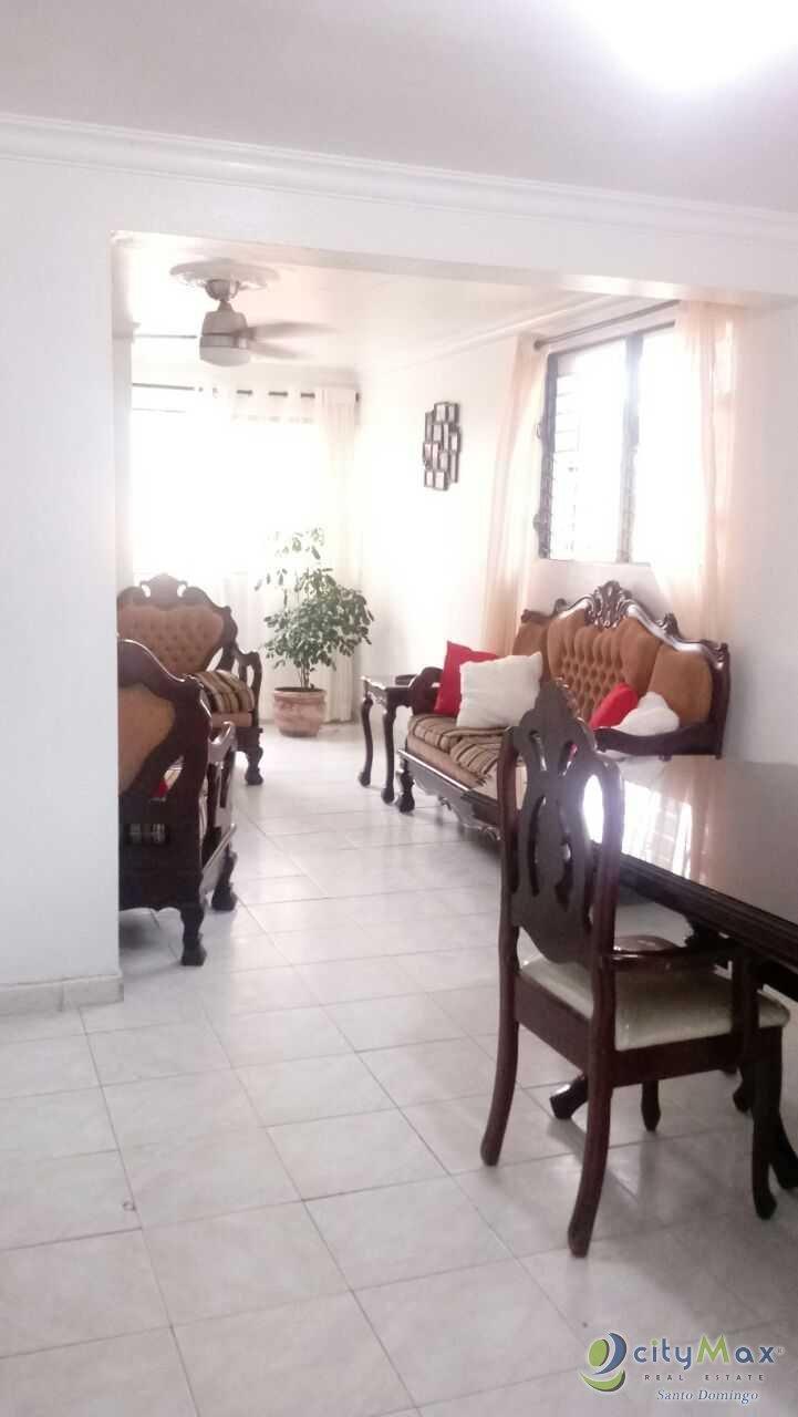 Apartamento en venta cerca del Nacional de Arroyo Hondo