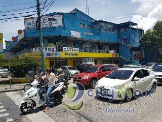 LOCAL EN RENTA ZONA 9 SOBRE CALLE MONTUFAR