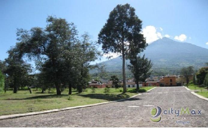 Citymax Antigua vende terreno Cortijo de las Flores