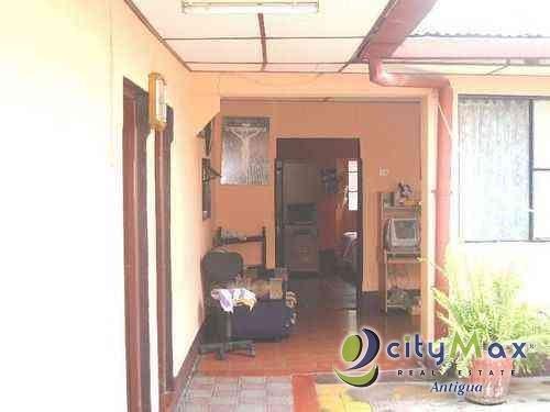 ¡Venta de Casa en Exclusivo Residencial de Antigua!