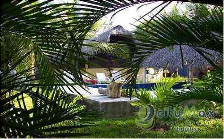 Vendo. Rento. Casa en Monterrico. Citymax. Antigua