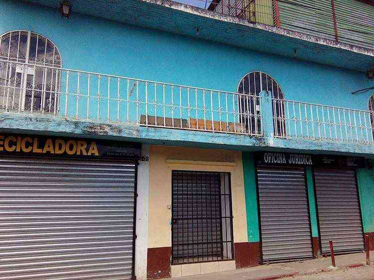 CASA EN VENTA Y RENTA EN EL CENTRO DE CHIMALTENANGO