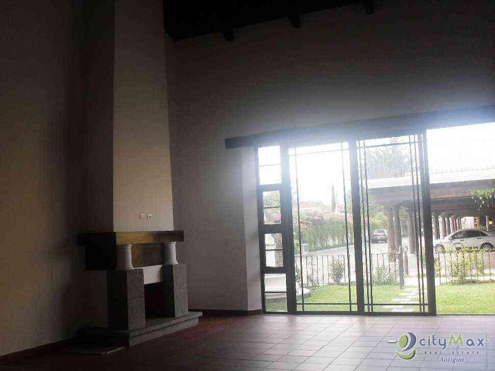 Citymax casa tipo loft venta condominio piscina Antigua