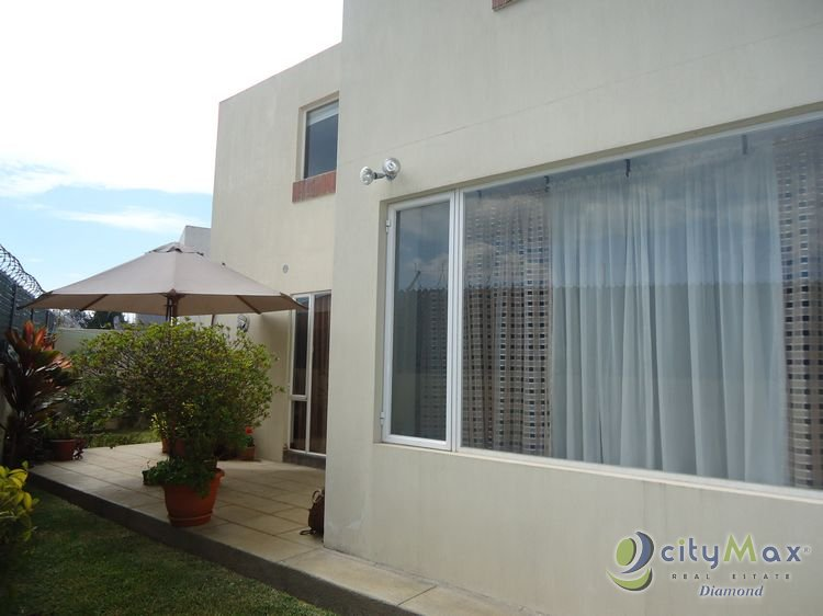 Casa en venta en condominio Km.19 entrada Olmeca