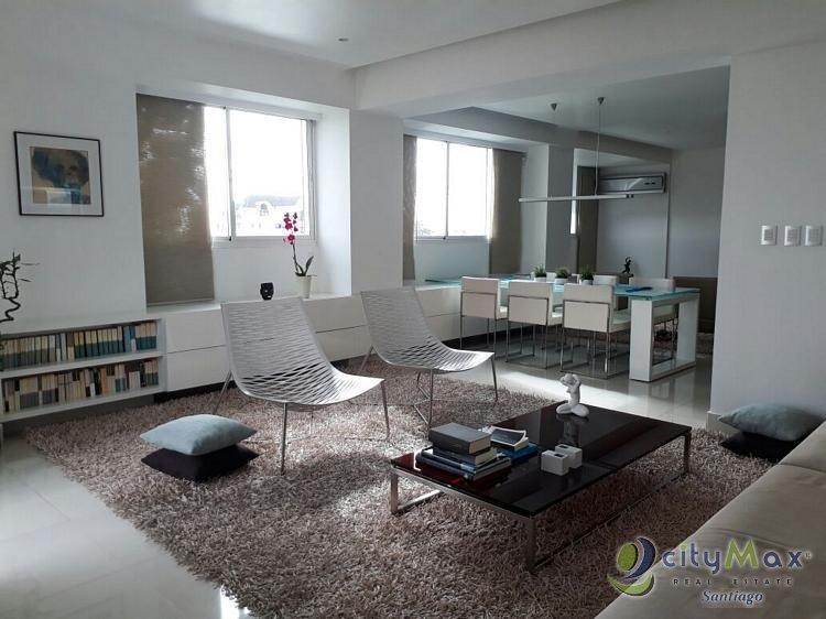 Apartamento semi-amueblado en VENTA en La Esmeralda!
