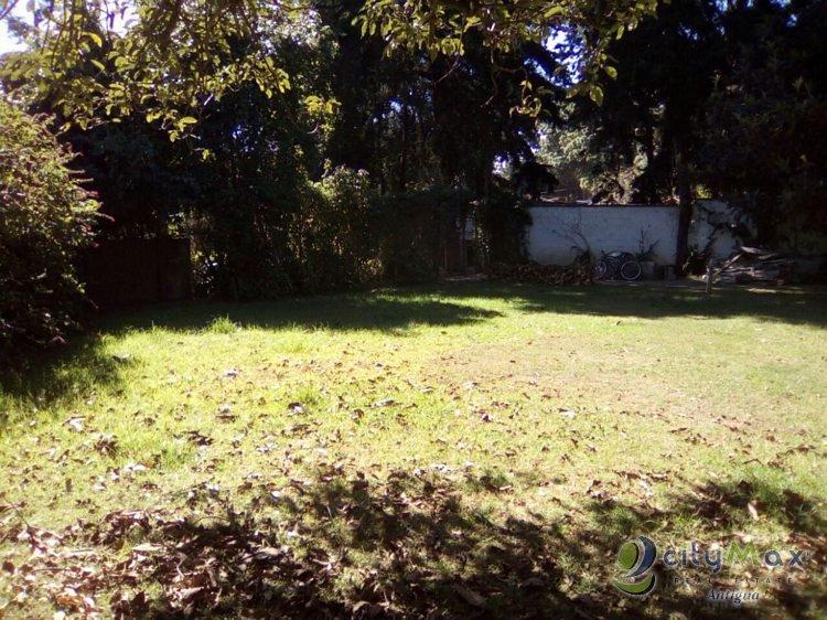 Terreno en venta, en San Lucas, Citymax Antigua