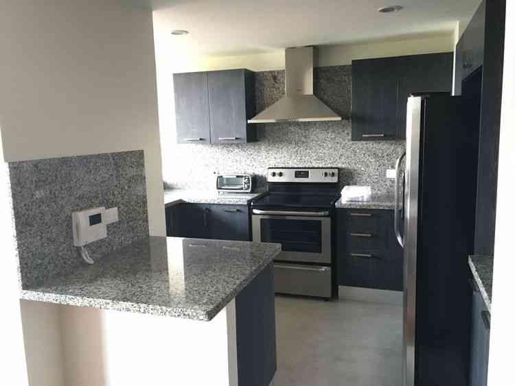 CityMax renta bonito apartamento amueblado en zona 10!!