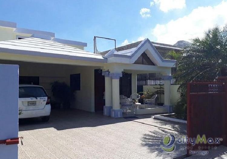 Hermosa casa en VENTA en Las Antillas.