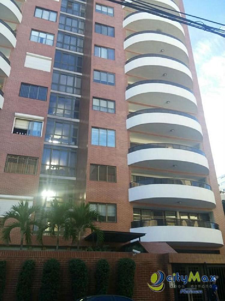 CityMax Vende Amplio Pent-house en Piantini