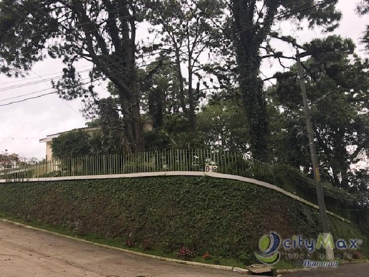 Linda residencia en Km. 9.5 Carretera a El Salvador