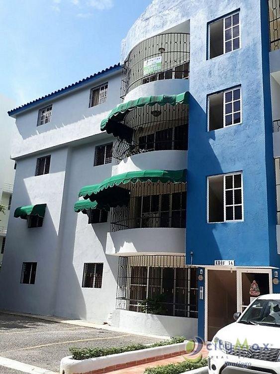 Amplio apartamento en VENTA en El Embrujo I, Santiago.