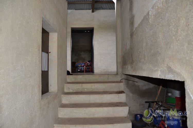 San Lorenzo El Cubo. Vendo CASA. Citymax Antigua