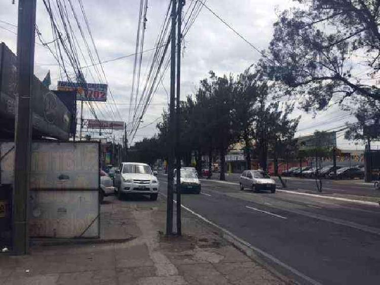 LOCAL COMERCIAL EN RENTA CALZADA SAN JUAN ZONA 7
