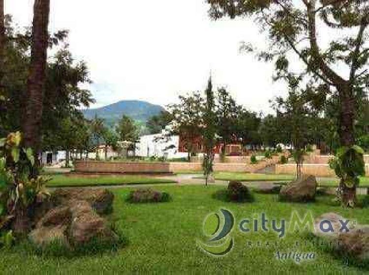 Citymax vende terreno financiamiento Antigua Guatemala