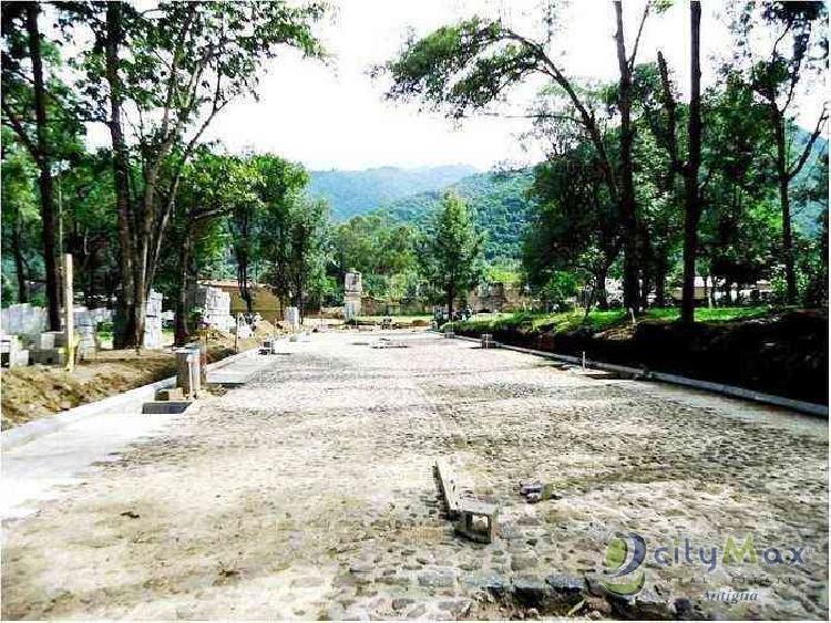 ¡Citymax vende terreno entrada Antigua Guatemala!