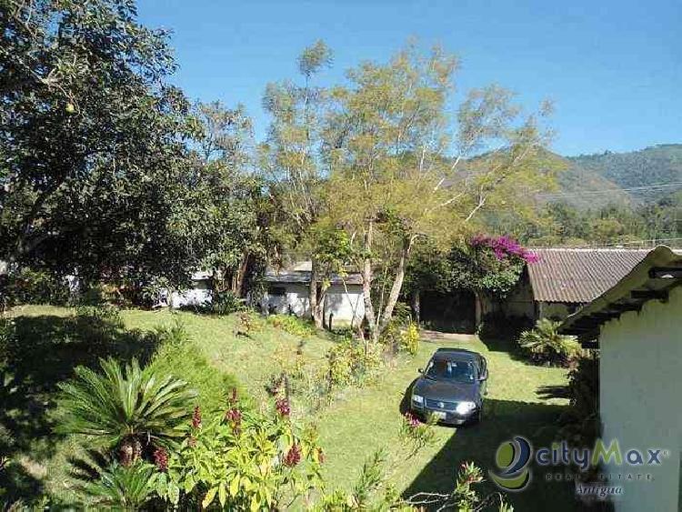 ¡Citymax vende terreno grande Antigua Guatemala!