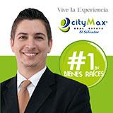 Lic. Carlos Santizo