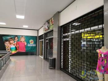 Locales en Centro Comercial reconocido de Villa Nueva