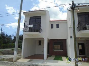 Venta de casa residencial en San Miguel Dueñas*