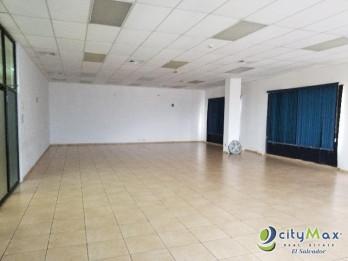 Alquilo Oficina de 75m2 en Santa Elena
