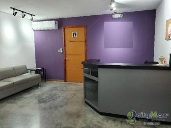 ALQUILO local adecuado para SPA con mobiliario y equipo