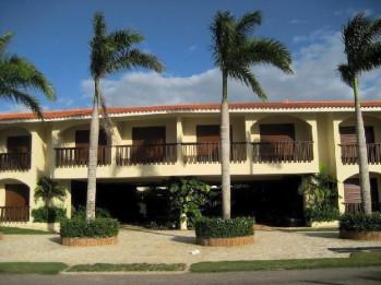 Vendo/Alquilo Metro Country Club Apartamento Amueb 2Hab